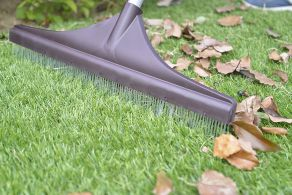 ARTIFICIAL GRASS RAKE